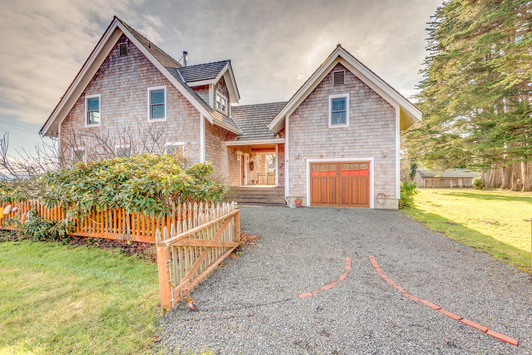 Single Family Home for Sale at Stunning Custom Home in Historic District 34008 TERRITORY Rd Oysterville, Washington 98641 United States
