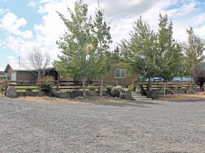独户住宅 为 销售 在 4094 SW Bear Drive, MADRAS 马德拉斯棉布, 俄勒冈州, 97741 美国