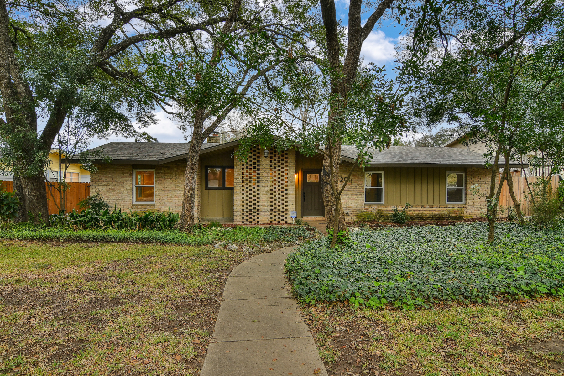 Single Family Home for Rent at Gorgeous Rental in Lincoln Heights 2011 Flamingo Dr San Antonio, Texas 78209 United States