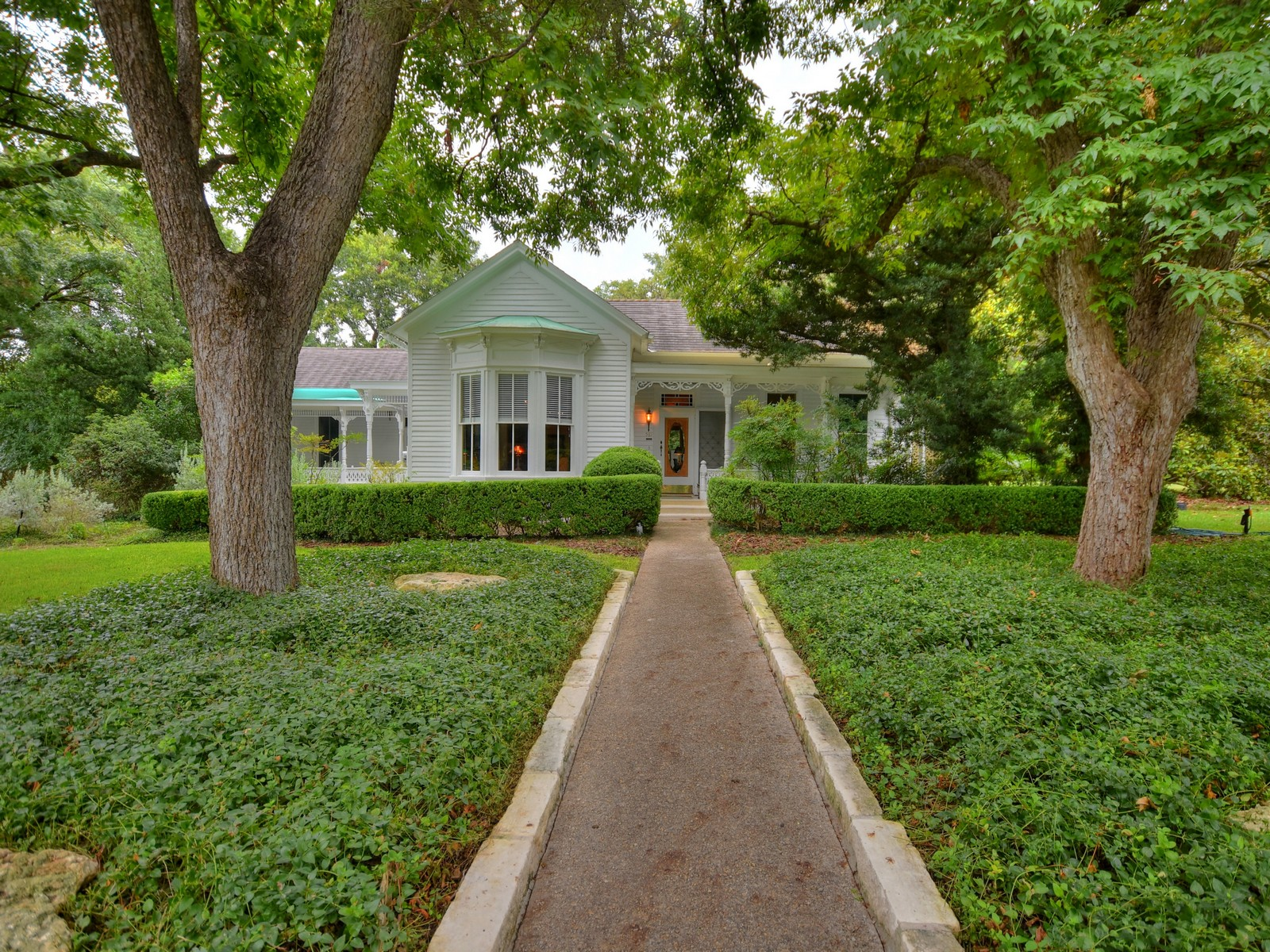 Single Family Home for Sale at Historic Jewel Built in 1863 581 W Coll New Braunfels, Texas 78130 United States
