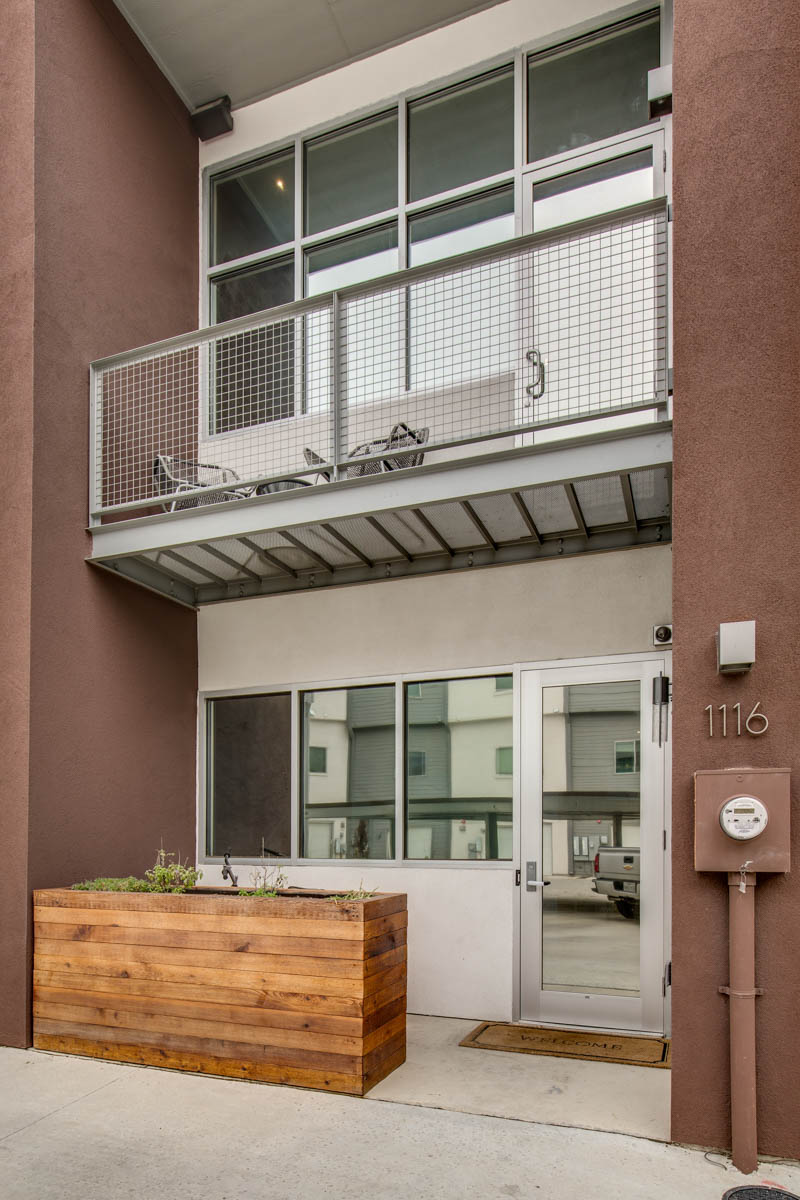Townhouse for Sale at One of San Antonio's Most Exciting Urban Areas 1116 E Quincy St San Antonio, Texas 78212 United States