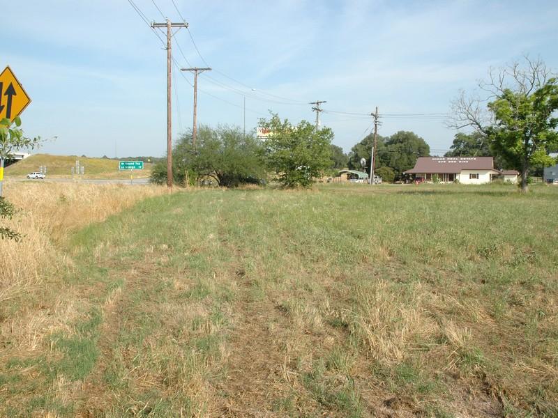 Additional photo for property listing at Great Lot in La Grange 1809 State Highway 159 La Grange, Texas 78945 Estados Unidos