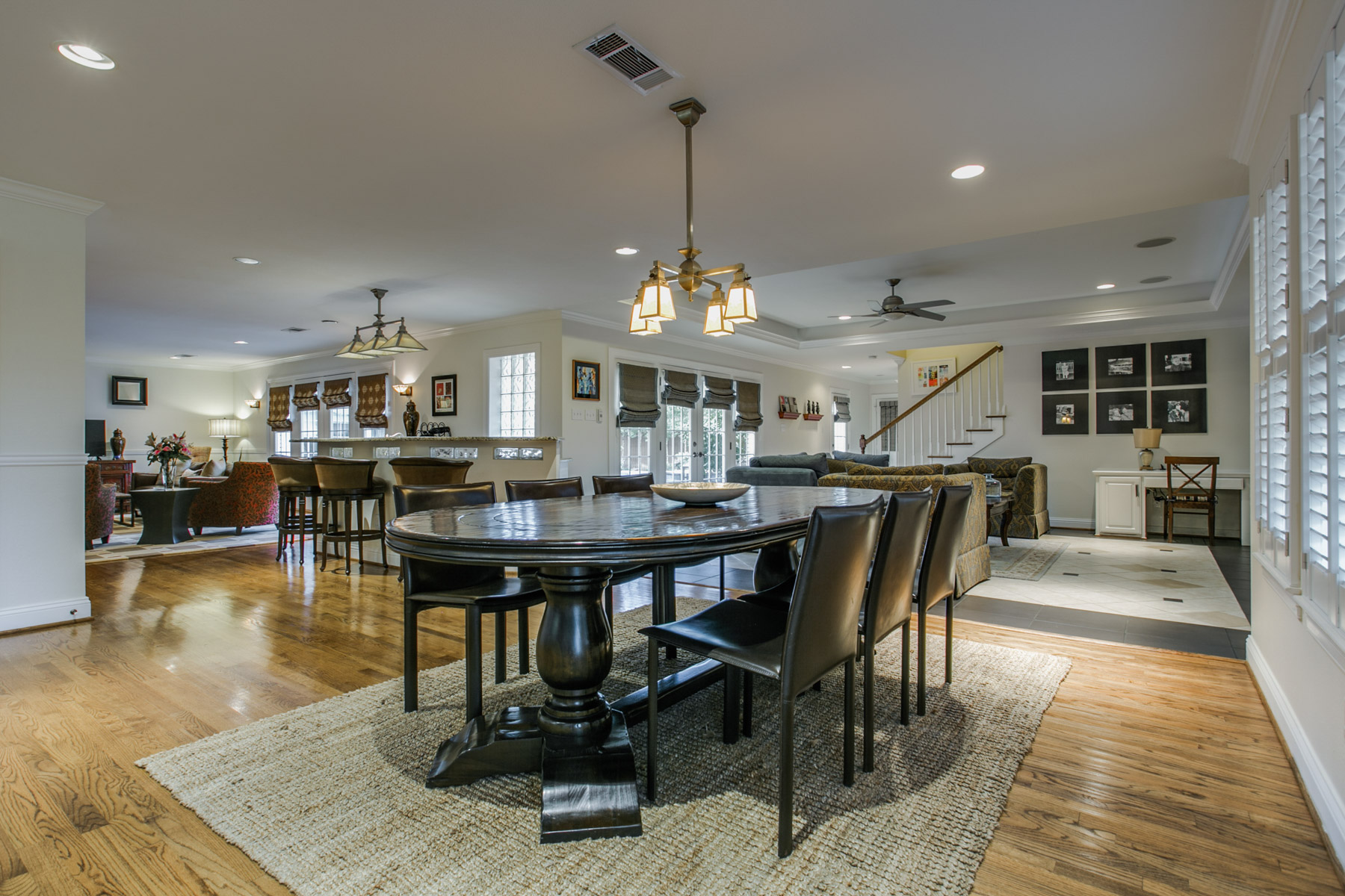 sales property at 5818 Waggoner Drive, Dallas