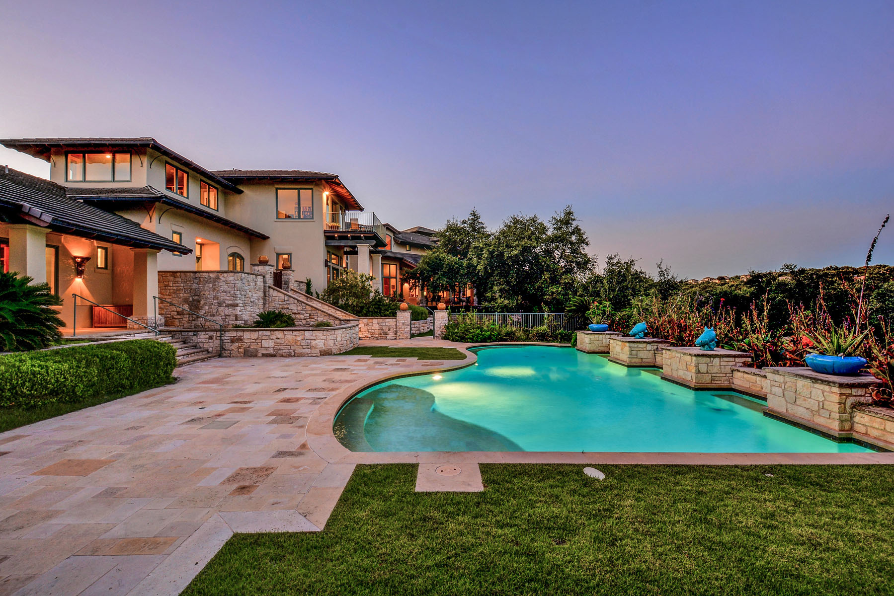 Additional photo for property listing at Sprawling Barton Creek Estate 8606 Navidad Dr Austin, Texas 78735 Estados Unidos