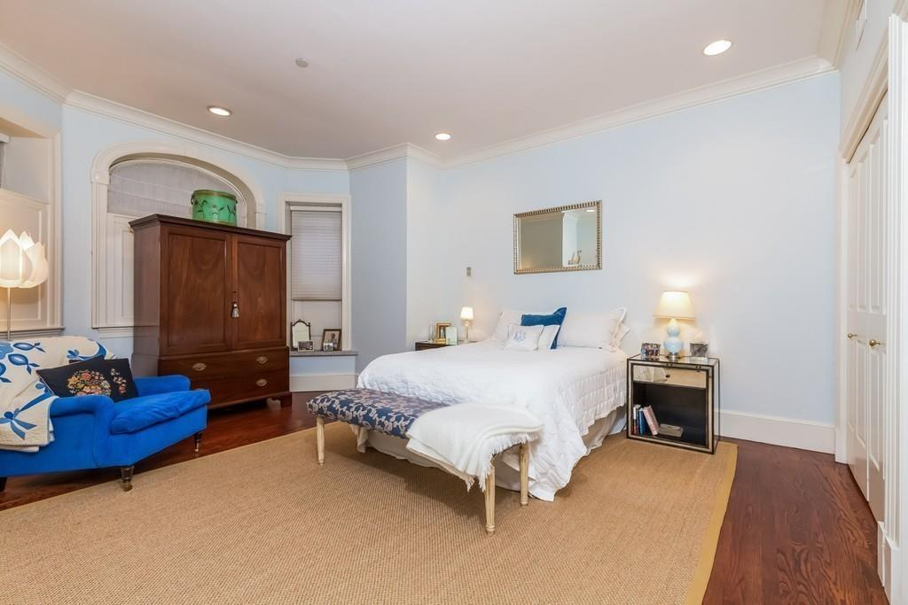 Additional photo for property listing at 202 Commonwealth Avenue 1, Boston 202 Commonwealth Ave 1 Boston, Massachusetts 02116 United States