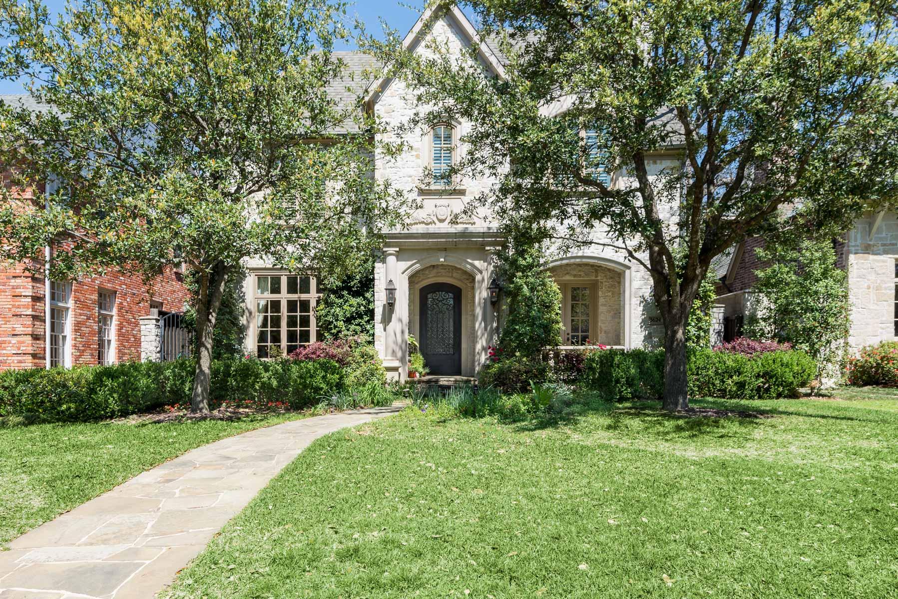 Einfamilienhaus für Verkauf beim 2005 Custom Built Highland Park Traditional 3624 Shenandoah St Dallas, Texas, 75205 Vereinigte Staaten