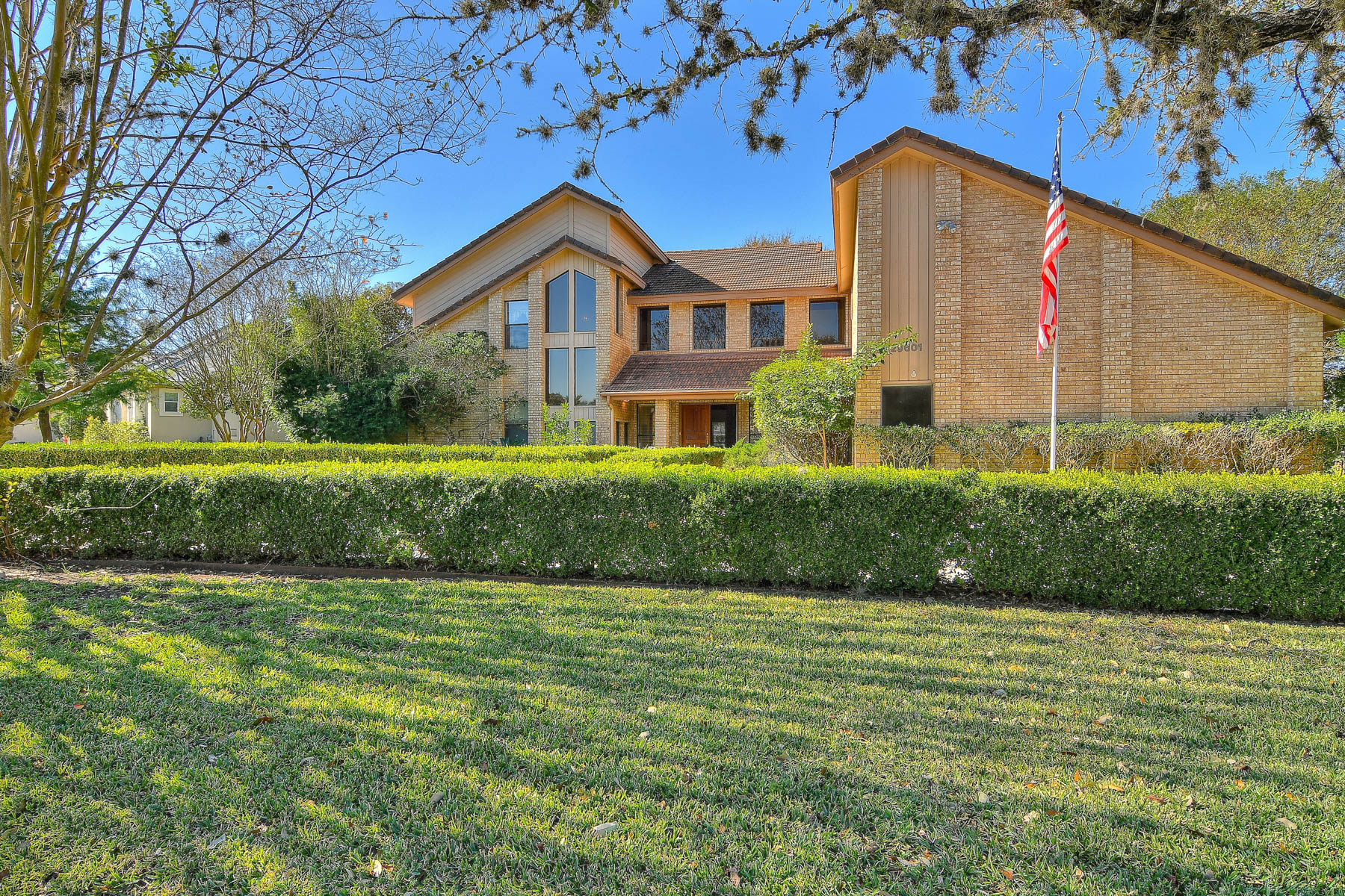 Single Family Home for Sale at Beautiful home located in Fair Oaks Ranch 29601 No Le Hace Dr Fair Oaks, Texas 78015 United States