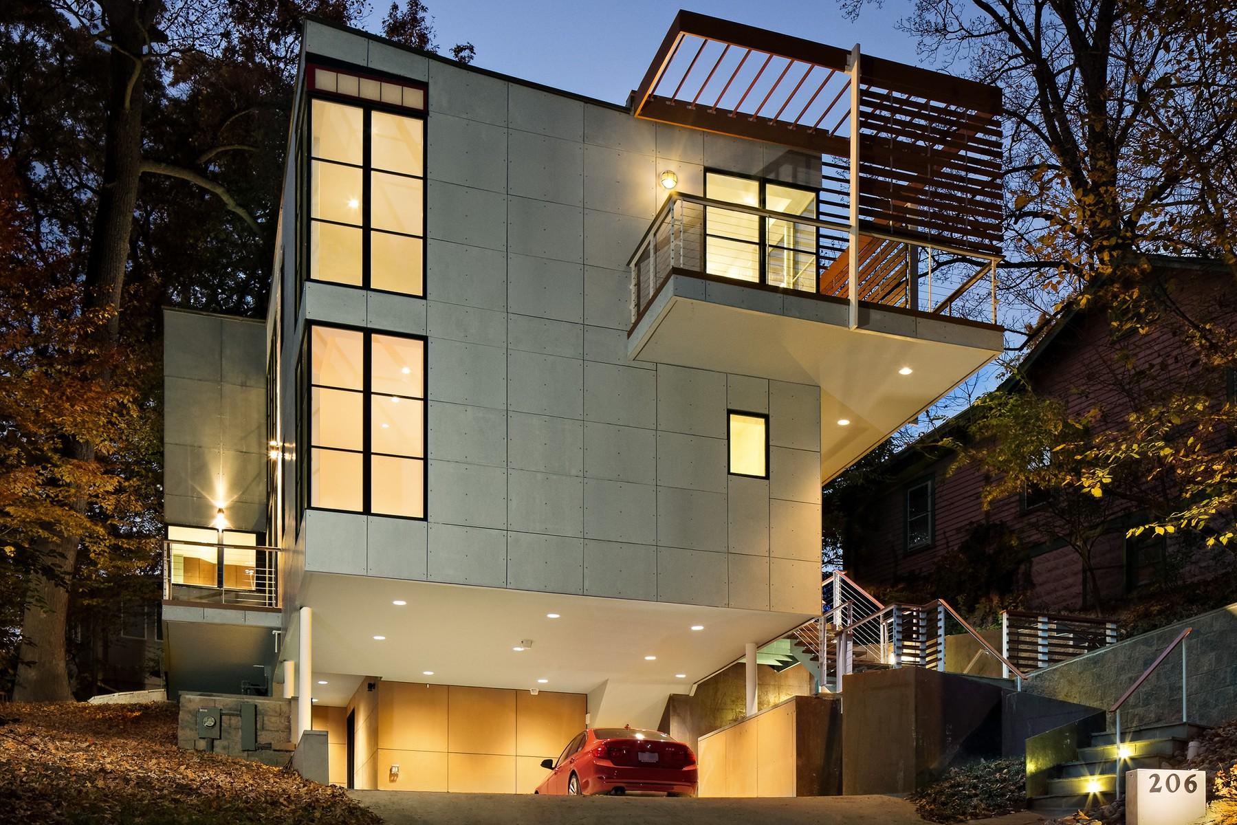 단독 가정 주택 용 매매 에 206 Domer Avenue, Takoma Park Takoma Park, 메릴랜드 20912 미국
