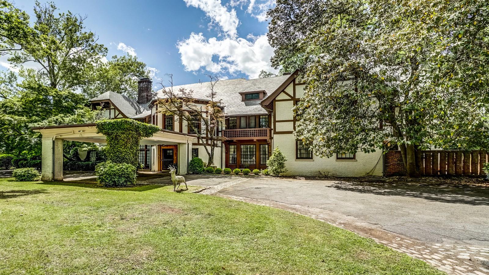 一戸建て のために 売買 アット Windsor Farms 1234 Rothesay Cir Richmond, バージニア, 23221 アメリカ合衆国