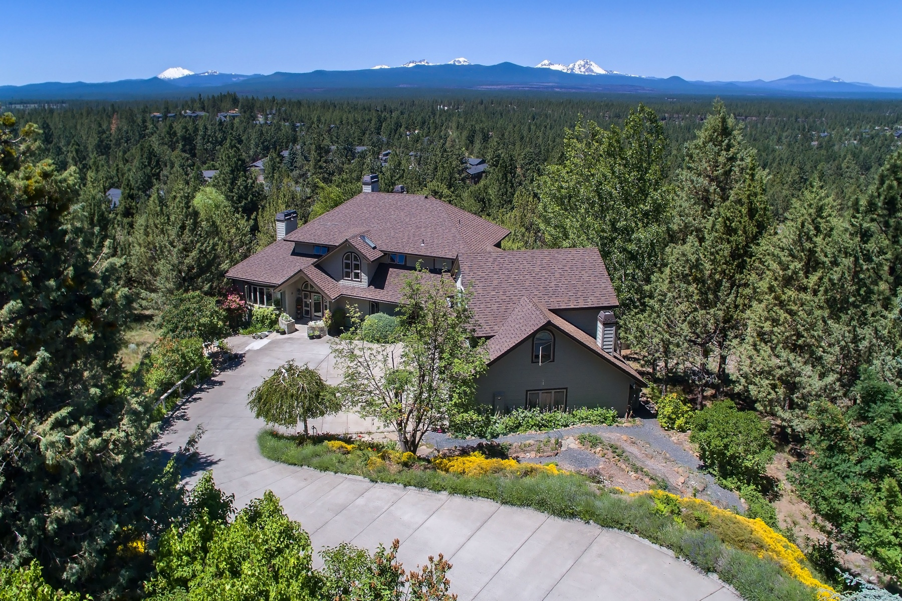 sales property at Awbrey Butte