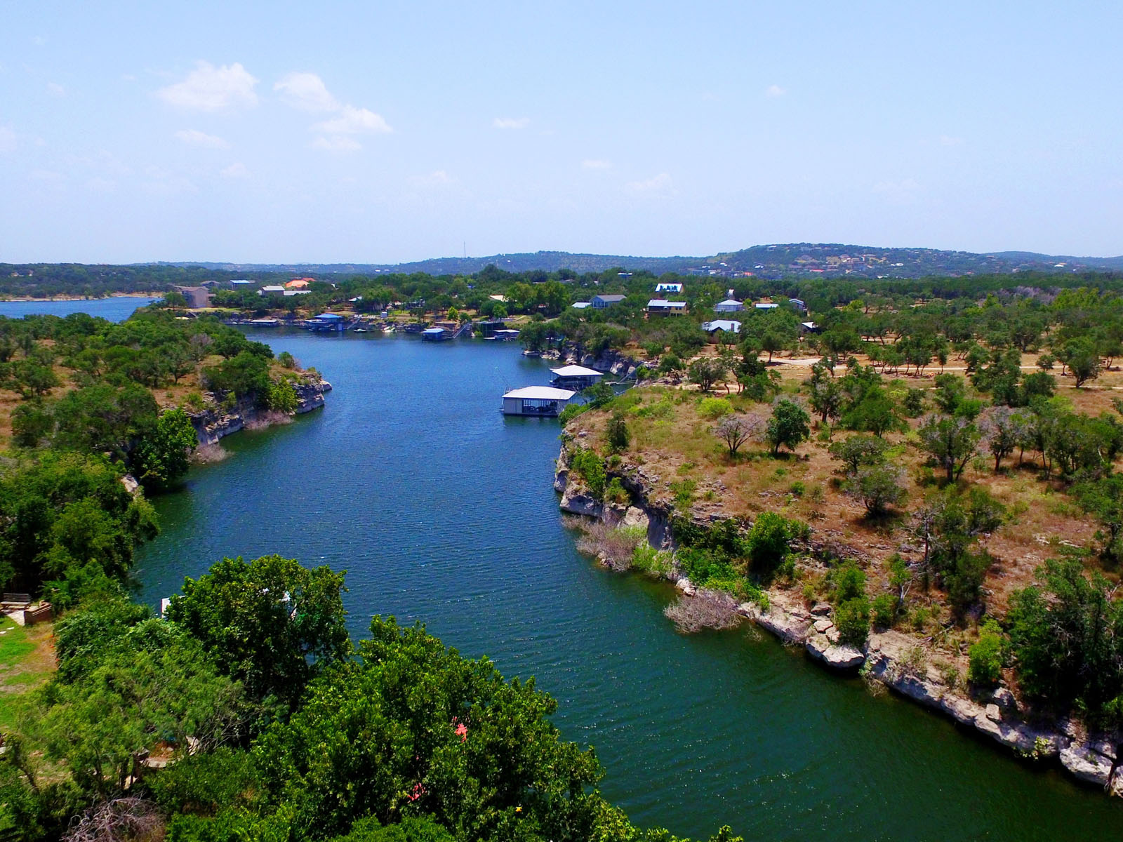 Terreno por un Venta en Backs to Pace Bend Park 1907 N Pace Bend Rd Austin, Texas 78669 Estados Unidos