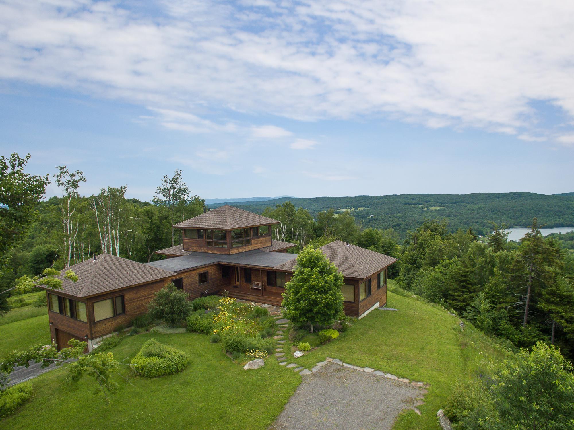 Maison unifamiliale pour l Vente à 287 Bennett Road Rd, Barnard Barnard, Vermont, 05031 États-Unis