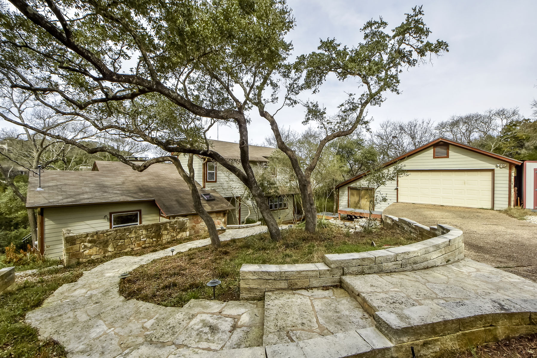 Single Family Home for Sale at Westlake Character 2300 Toro Canyon Rd Austin, Texas, 78746 United States