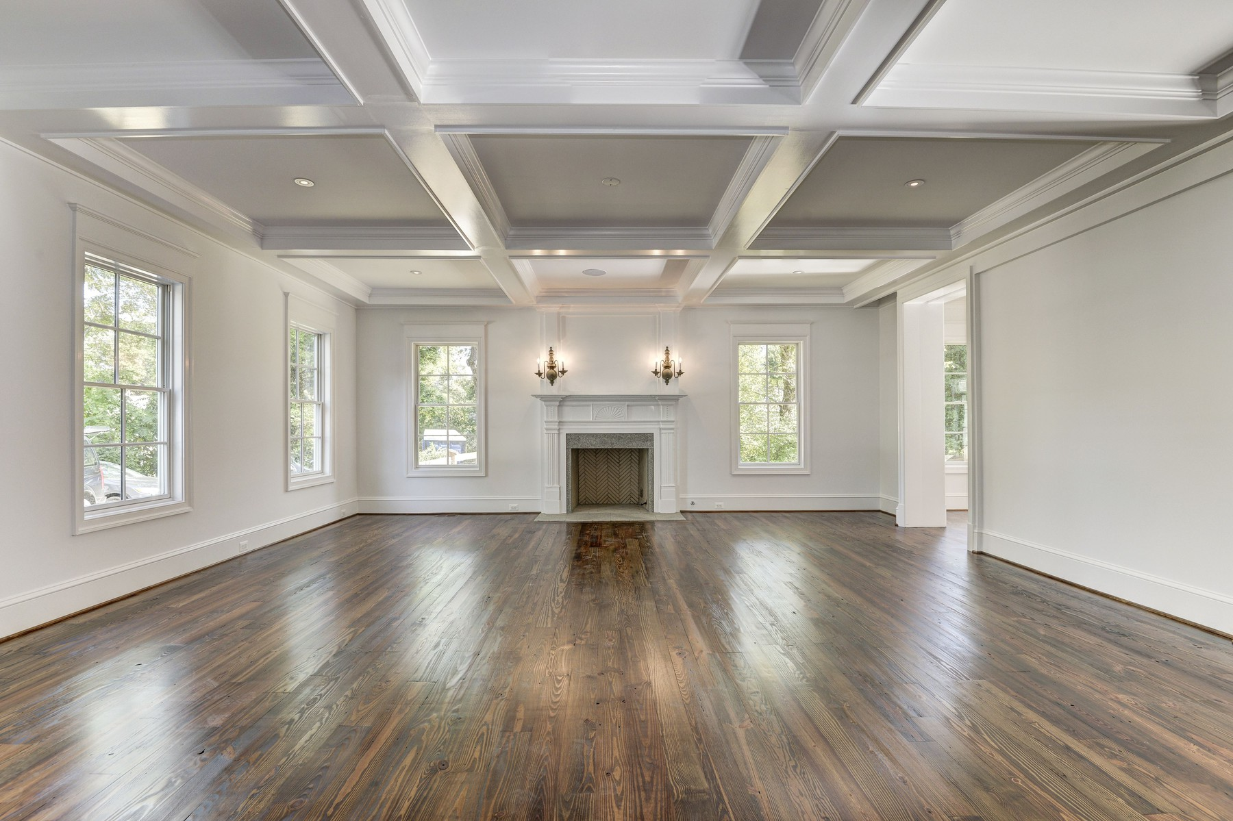 Additional photo for property listing at 6349 Georgetown Pike, Mclean  McLean, Virginia 22101 United States