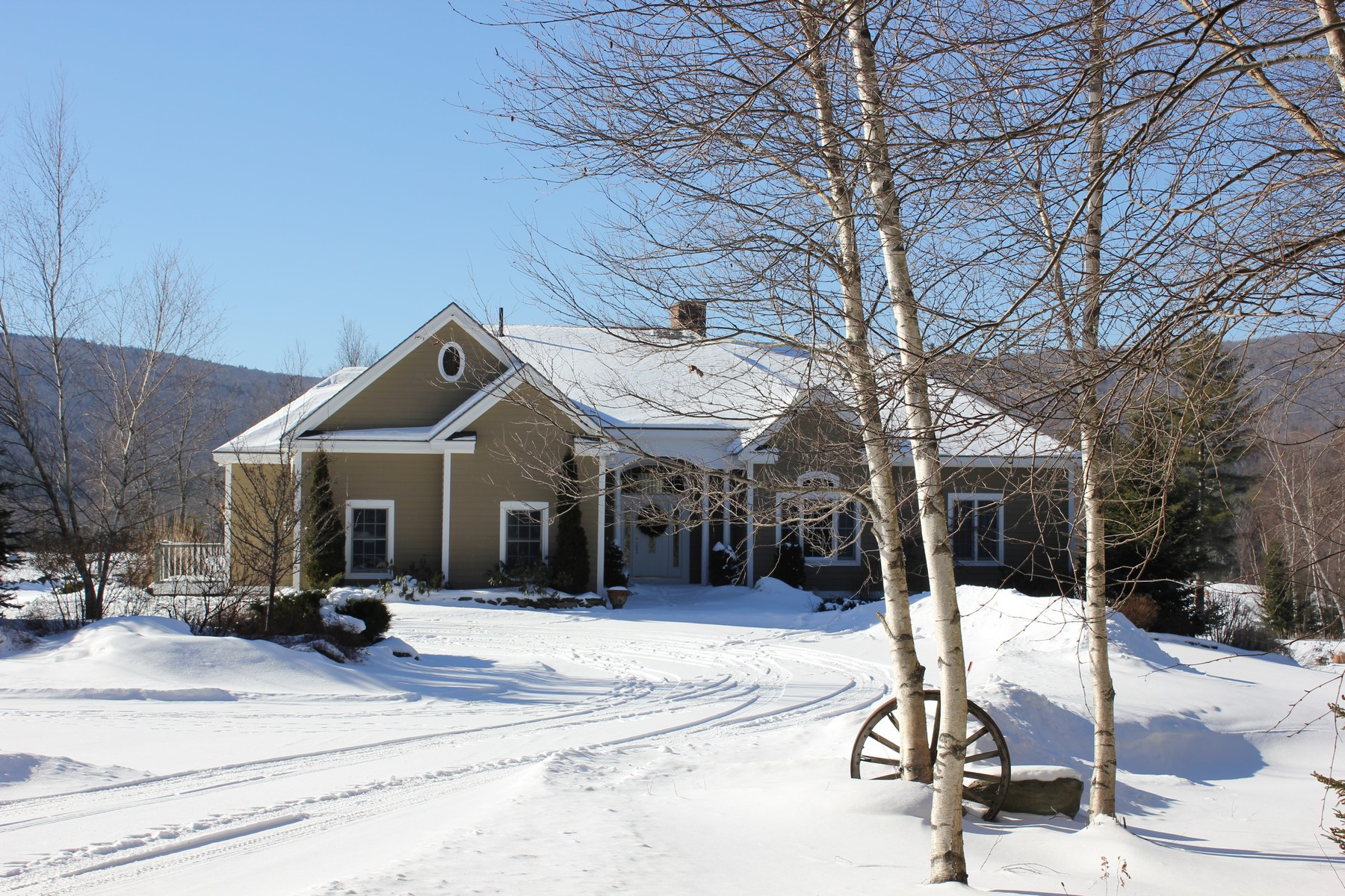 Single Family Home for Sale at Maple Hill Road 762 Maple Hill Rd Mount Holly, Vermont, 05730 United States