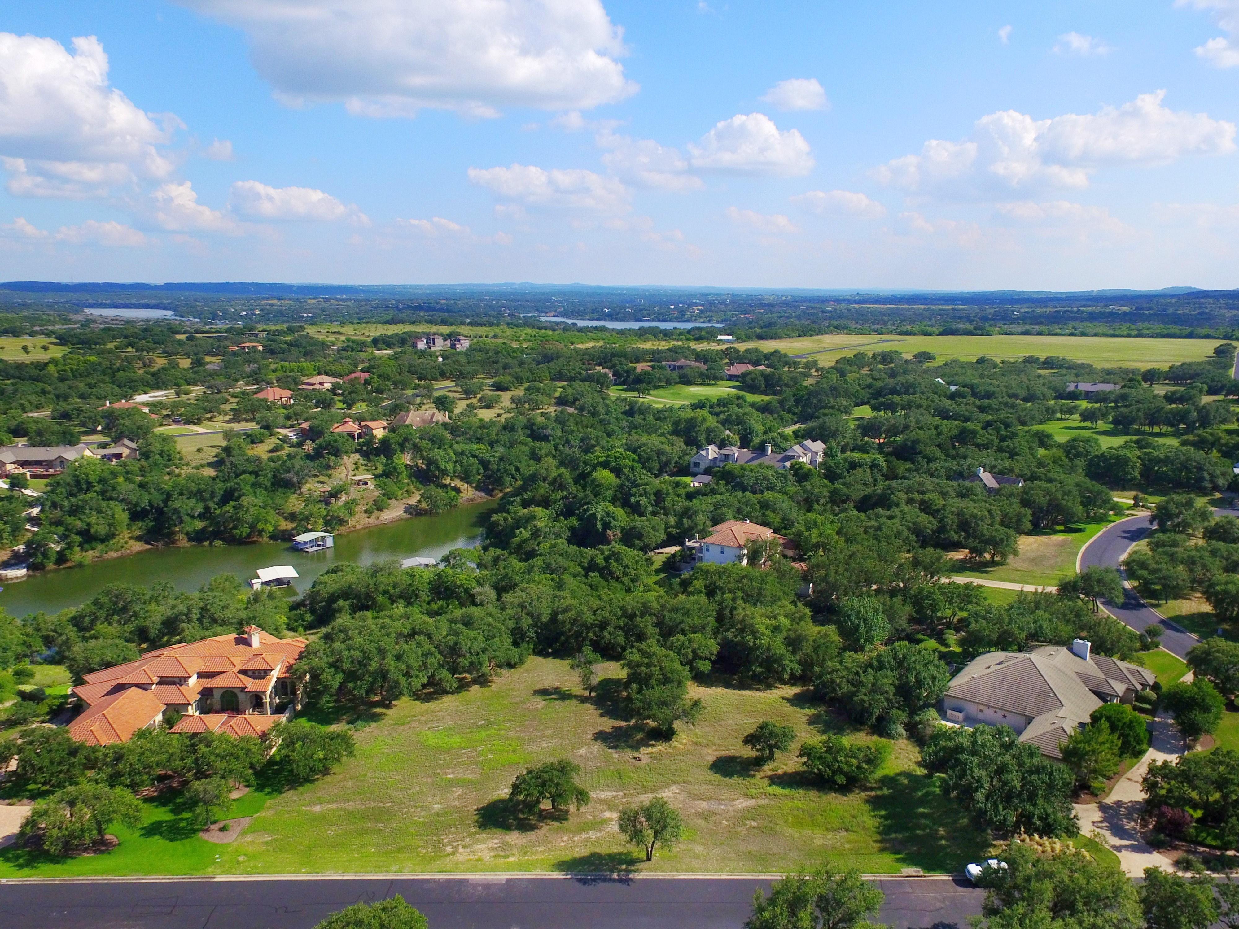 Terreno por un Venta en The Perfect Land for the Perfect Home 26205 Countryside Dr Spicewood, Texas 78669 Estados Unidos