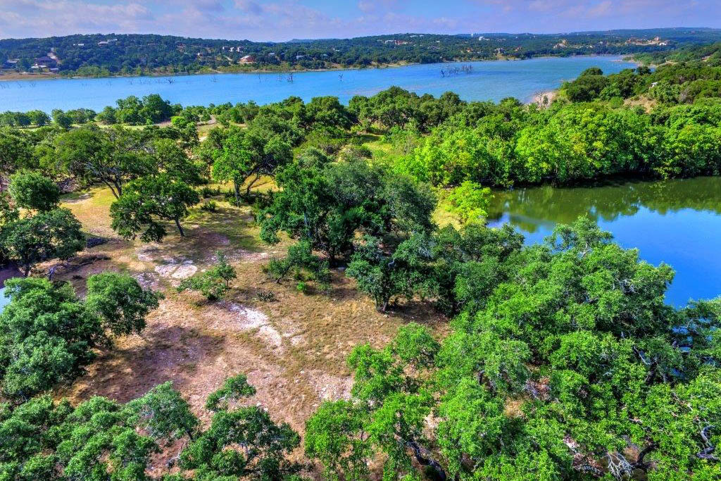 Additional photo for property listing at Canyon Lake Lakefront Lots 1520 Canyon Lake Dr Canyon Lake, Texas 78133 United States