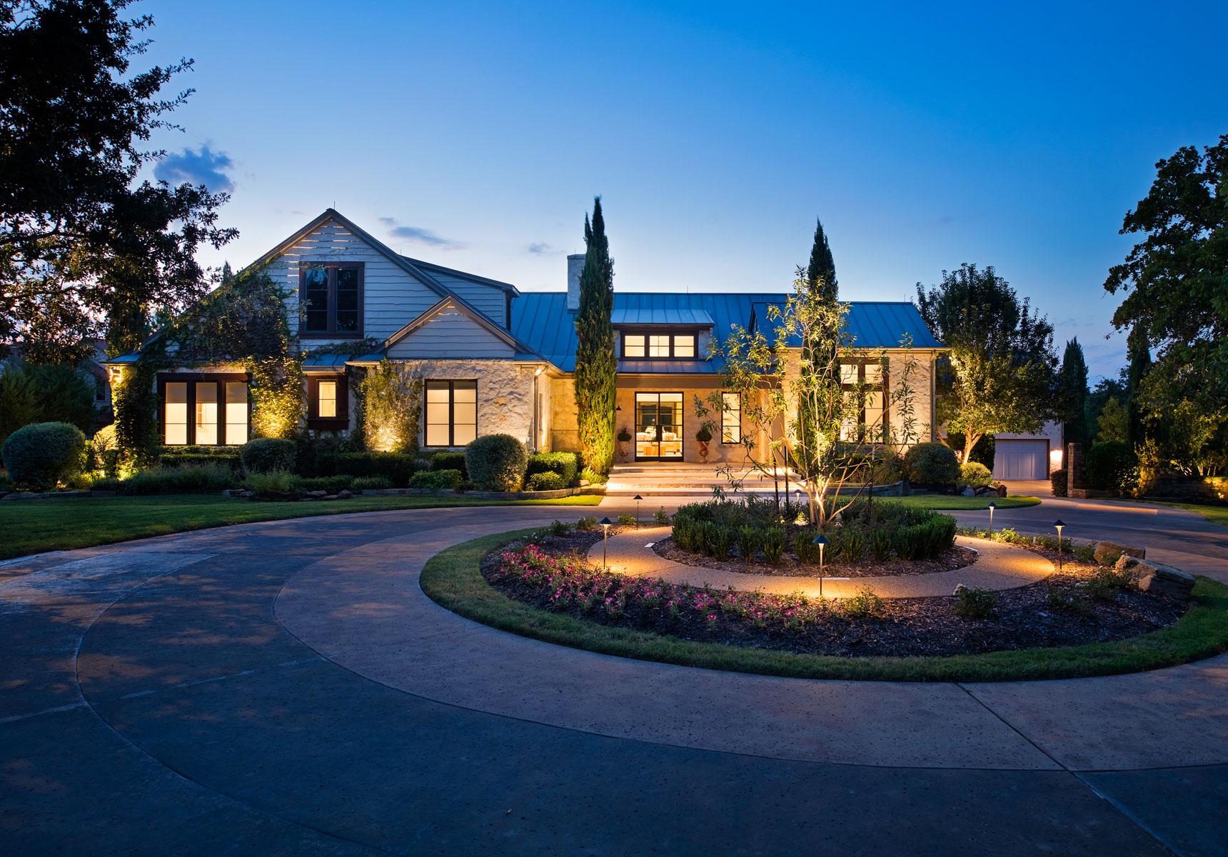 Maison unifamiliale pour l Vente à Spectacular European Styled Contemporary Estate 2208 Vaquero Estates Blvd Westlake, Texas, 76262 États-Unis