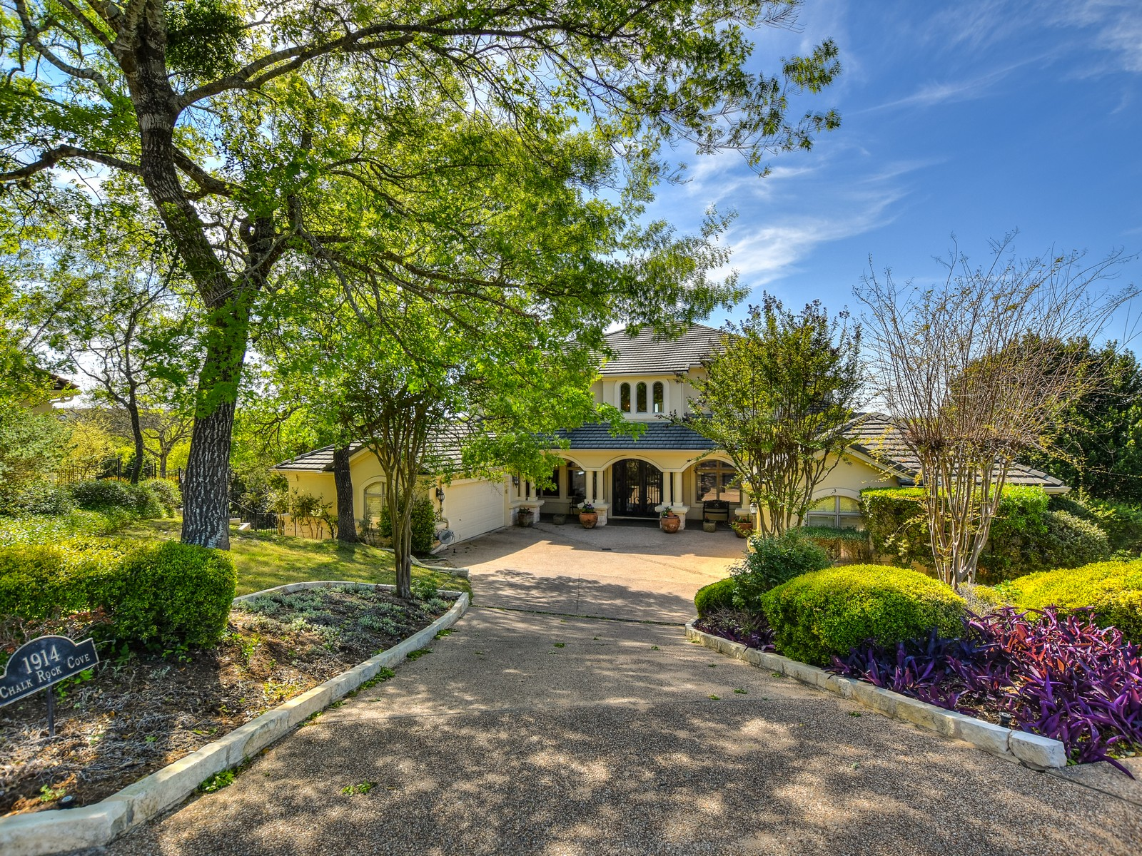 Single Family Home for Sale at Incredible Barton Creek Family Home 1914 Chalk Rock Cv Austin, Texas, 78735 United States