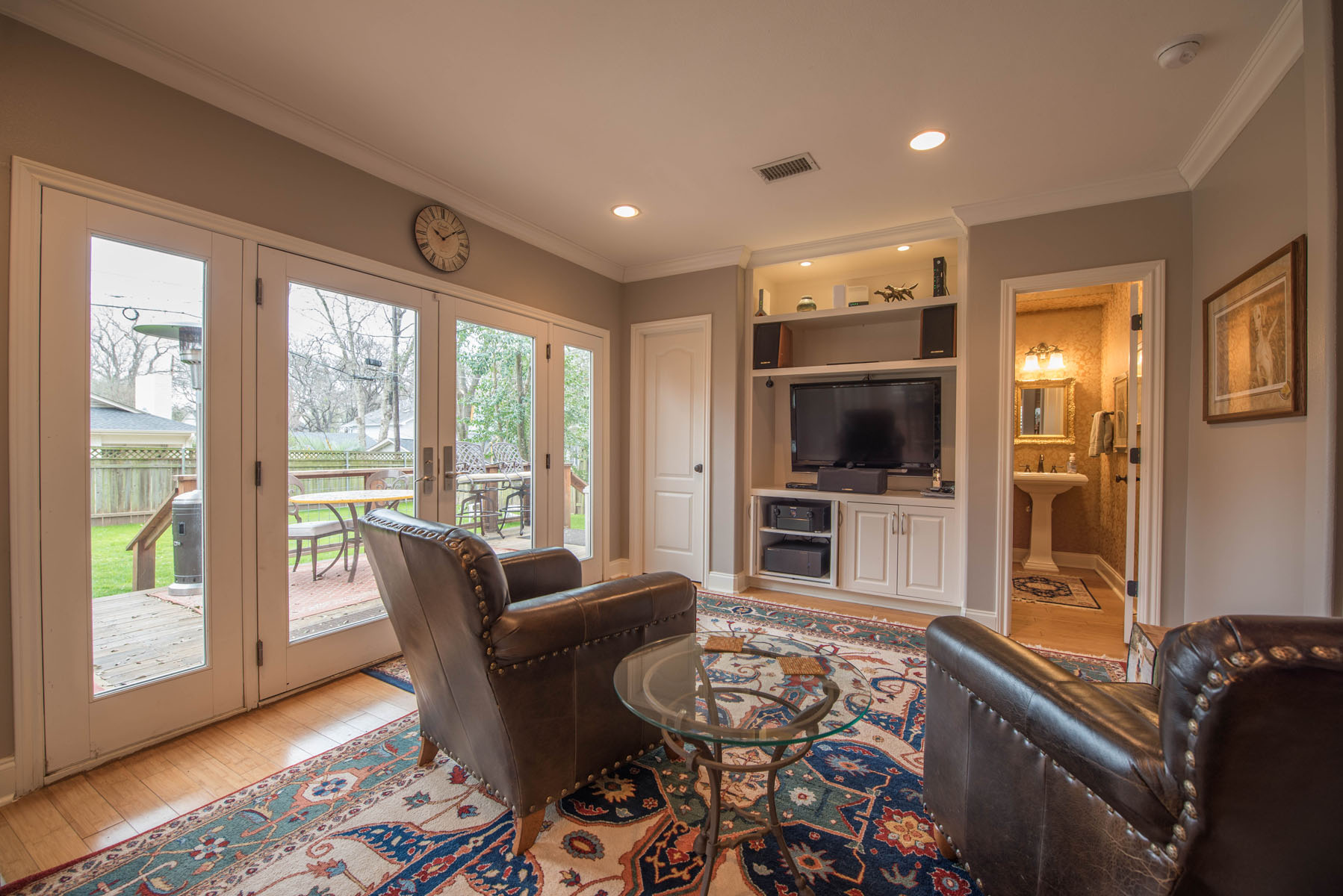 Additional photo for property listing at Tarrytown Dream Home 1905 Mountain View Rd Austin, Texas 78703 United States