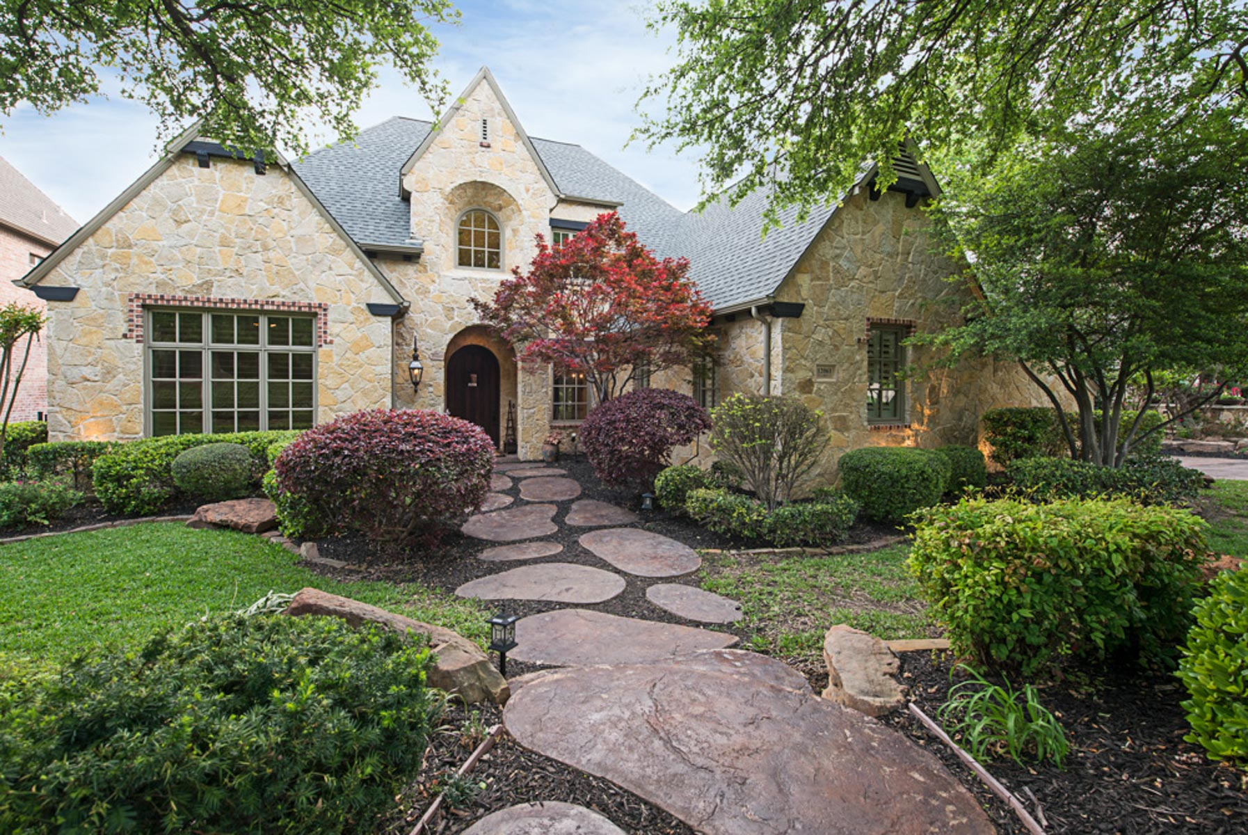 Villa per Vendita alle ore Custom in Frisco's Latera 12061 Via Bello Ct Frisco, Texas, 75035 Stati Uniti