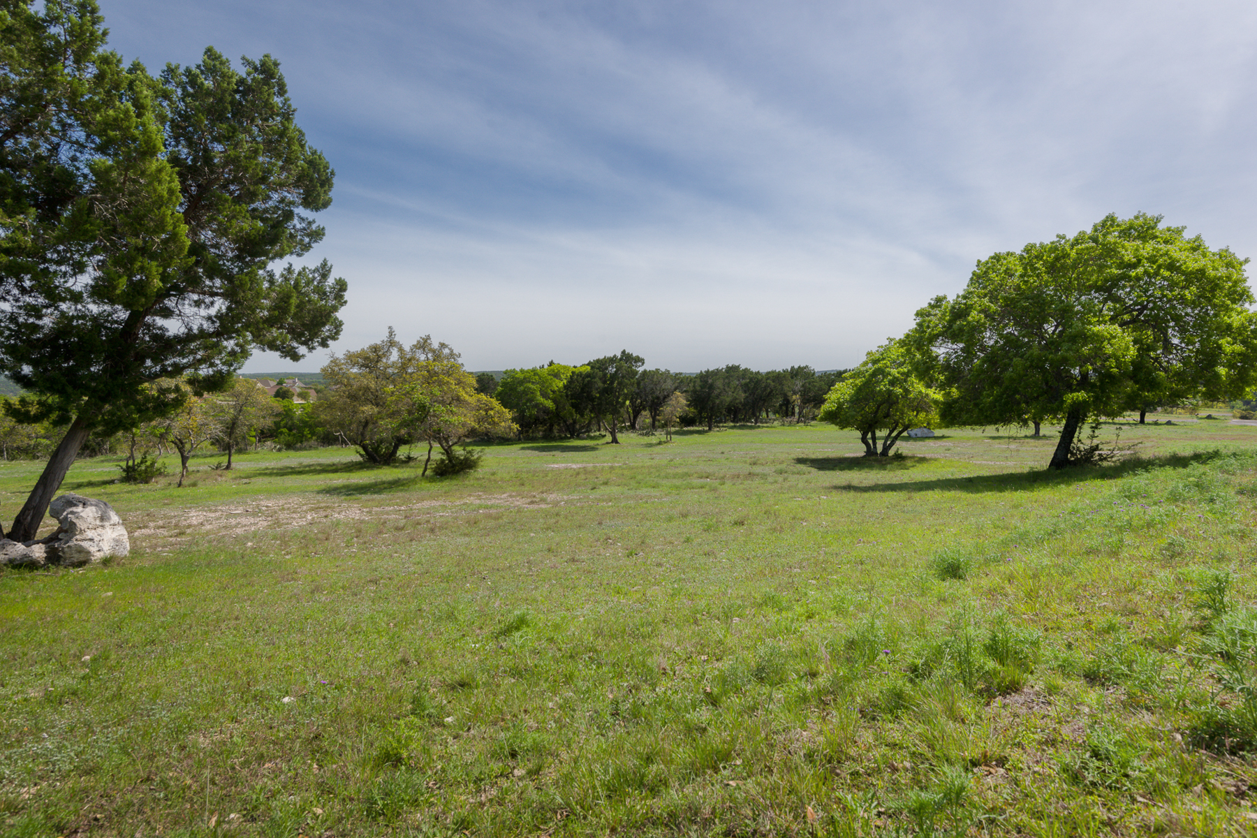 Additional photo for property listing at Amazing Corner Lot in Cypress Springs 357 Cypress Estates Pkwy W Ingram, Texas 78025 Estados Unidos