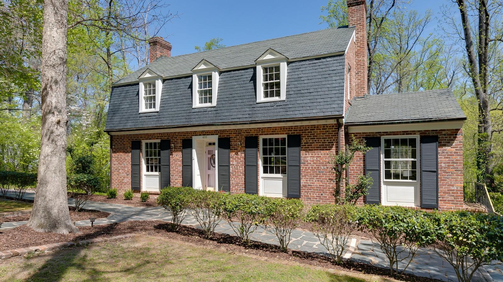 Casa para uma família para Venda às 400 Beechwood Drive, Henrico Henrico, Virginia, 23229 Estados Unidos