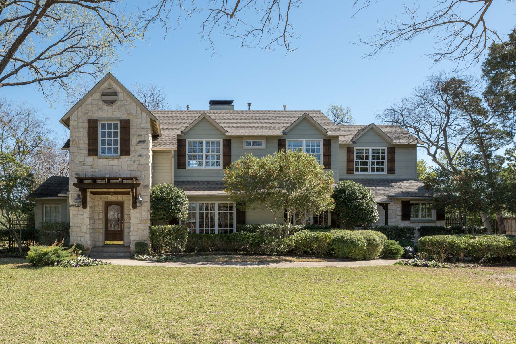 sales property at Wonderful Preston Hollow Traditional