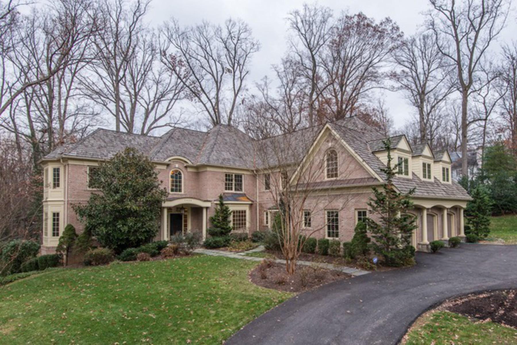Maison unifamiliale pour l Vente à 7426 Dulany Drive, Mclean McLean, Virginia, 22101 États-Unis