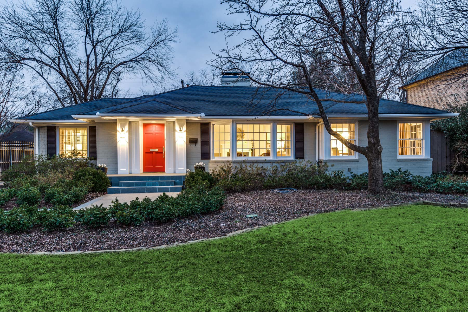 sales property at 5610 Greenbrier Dr, Dallas