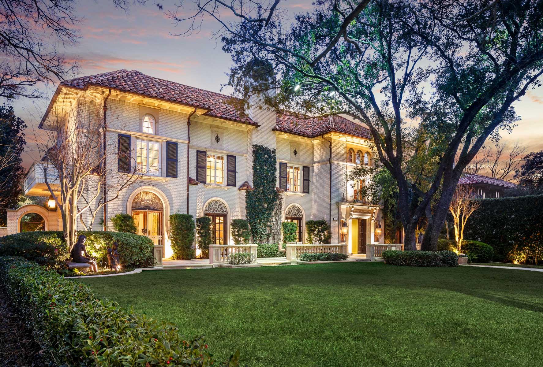 Maison unifamiliale pour l Vente à Highland Park Mediterranean 3601 Beverly Dr Highland Park, Texas, 75205 États-Unis