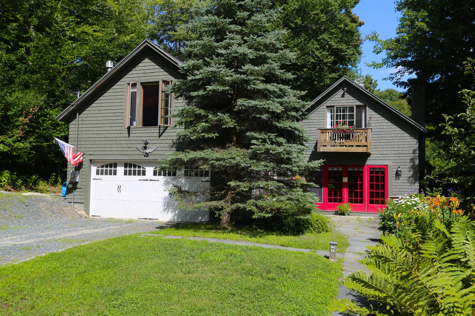 Single Family Home for Sale at 101 Tarn Lane, Springfield 101 Tarn Ln Springfield, New Hampshire, 03284 United States