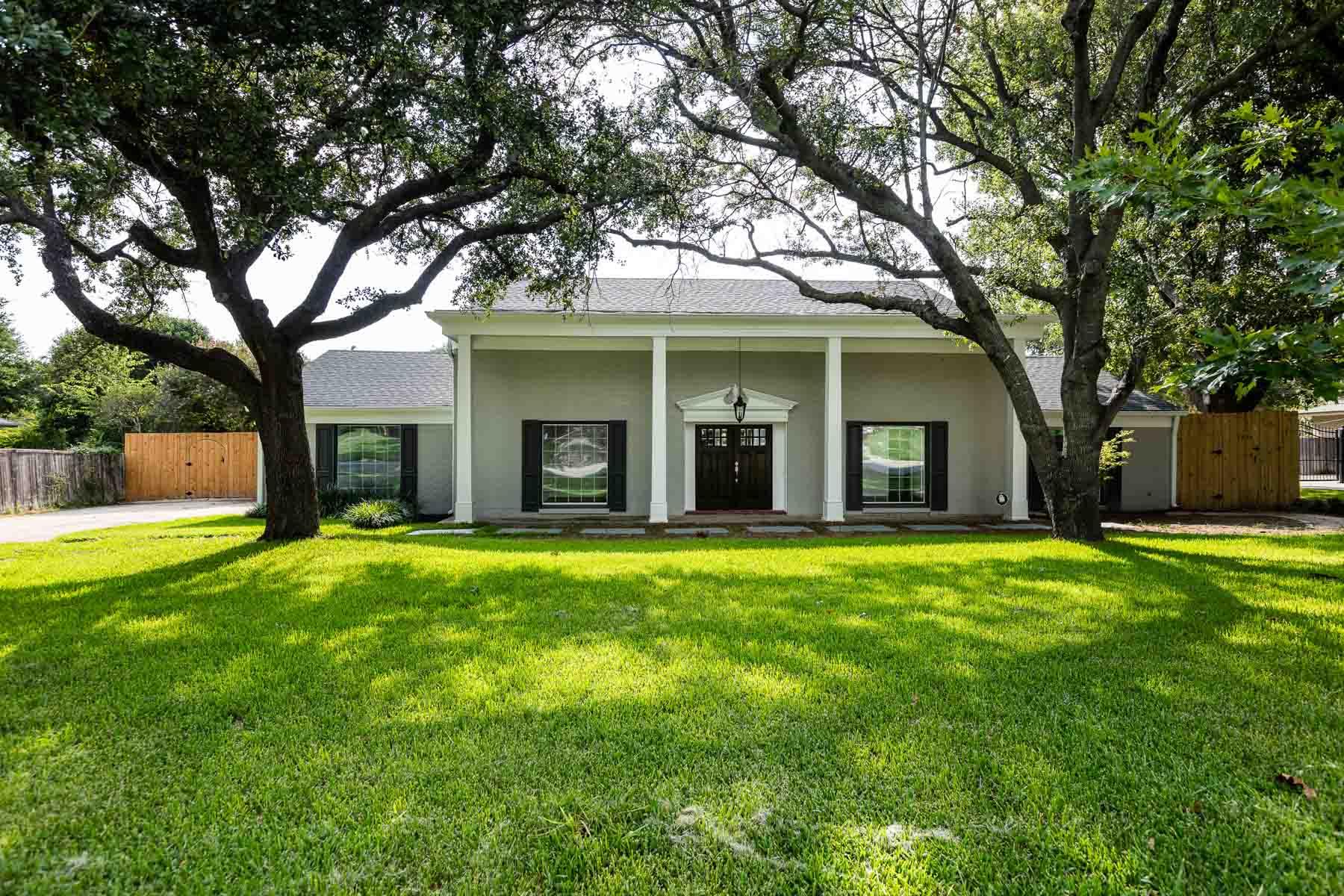 一戸建て のために 売買 アット Overton Park Colonial 3713 Summercrest Dr Fort Worth, テキサス, 76109 アメリカ合衆国