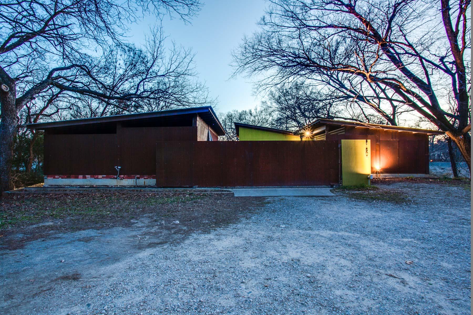 一戸建て のために 売買 アット 2100 Lakeland Drive, Dallas Dallas, テキサス, 75228 アメリカ合衆国