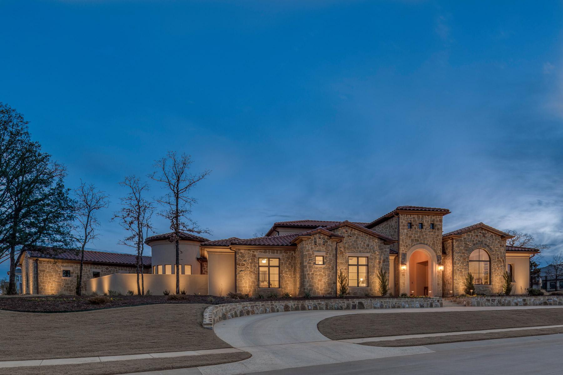 Maison unifamiliale pour l Vente à One Story Custom Home in the Granada Community 2029 Valenica Cv Westlake, Texas, 76092 États-Unis