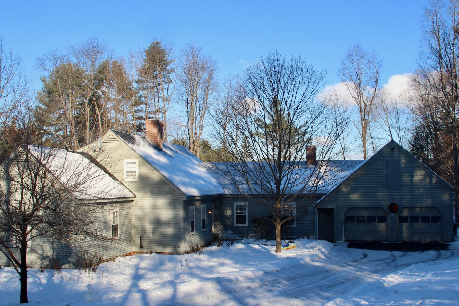 Single Family Home for Sale at 1 Crestwood, Hanover Hanover, New Hampshire, 03755 United States