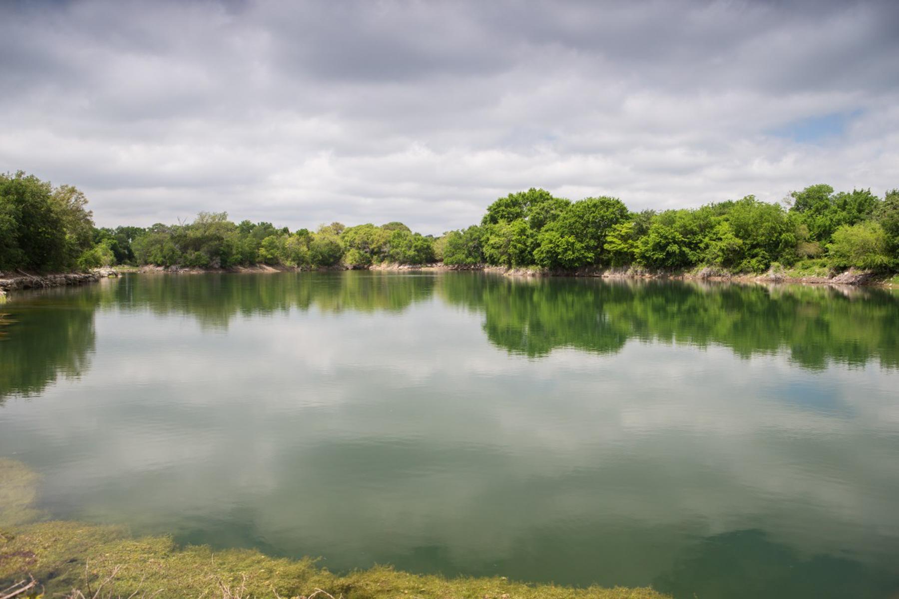 Terreno por un Venta en Hall Lake Ranch 17209 N Hwy 6 Valley Mills, Texas 76689 Estados Unidos