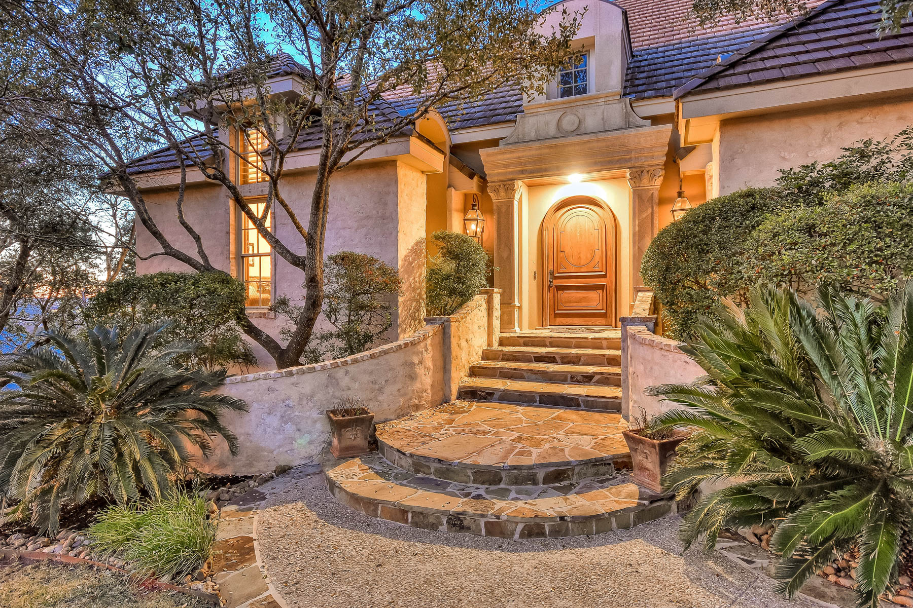 Single Family Home for Sale at Private Manor perched in the hills of The Dominion 44 Arnold Palmer San Antonio, Texas 78257 United States