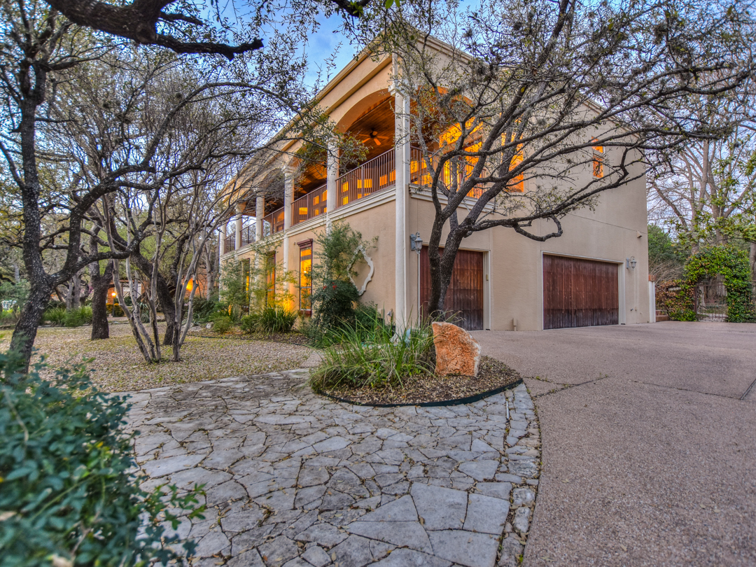 Single Family Home for Sale at Resort Style Living in Lakeway 332 Explorer Lakeway, Texas 78734 United States
