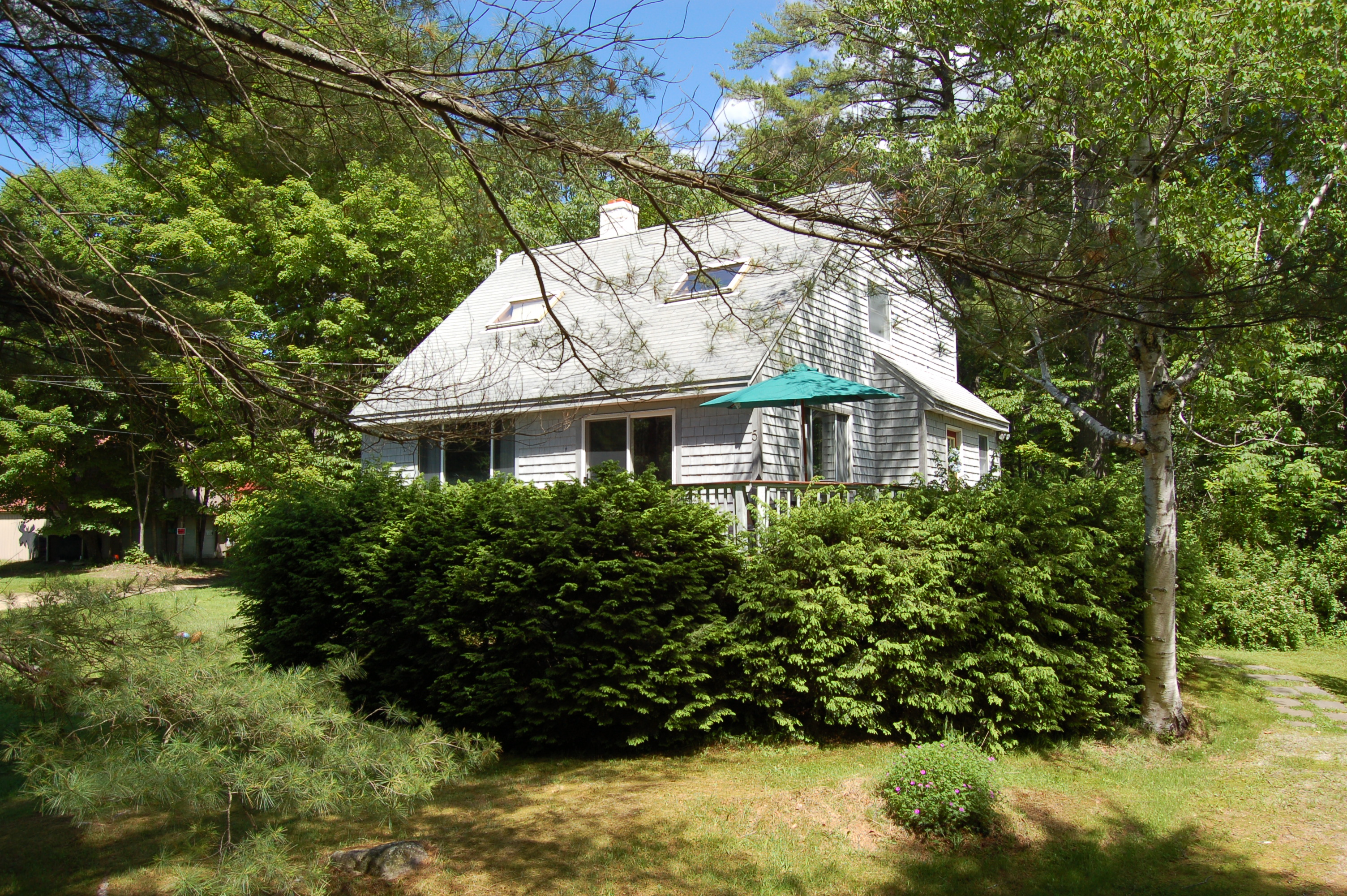 Nhà ở một gia đình vì Bán tại 5 Willis Way, Newbury Newbury, New Hampshire, 03255 Hoa Kỳ
