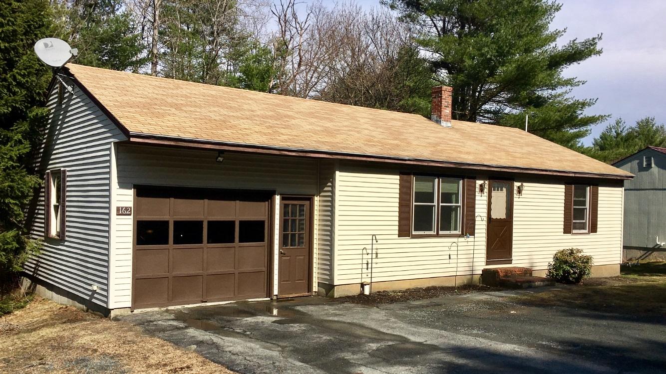 Einfamilienhaus für Verkauf beim 162 Brookmeade Circle, Hartford Hartford, Vermont, 05001 Vereinigte Staaten