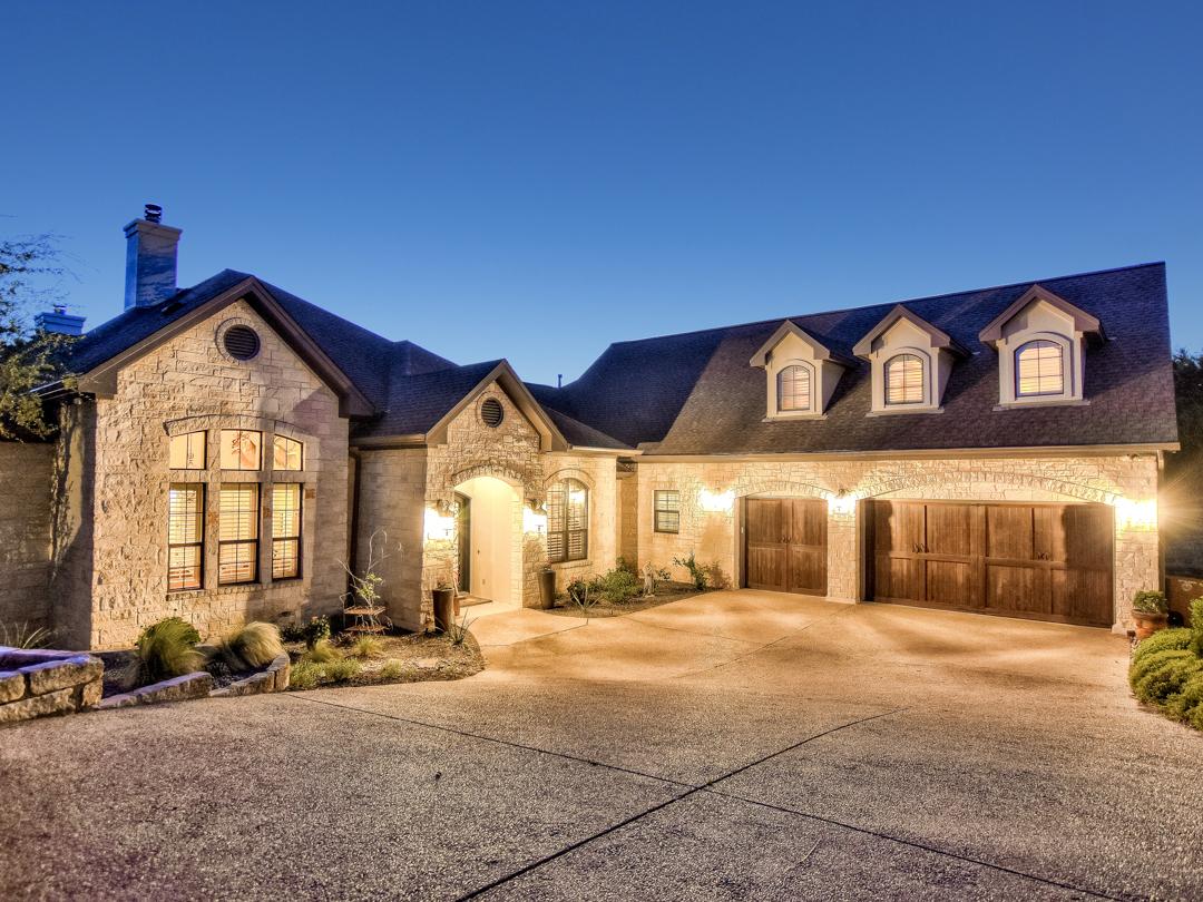 Einfamilienhaus für Verkauf beim Unobstructed Texas Hill Country Views on Bluegrass 8628 Bluegrass Dr Austin, Texas, 78759 Vereinigte Staaten