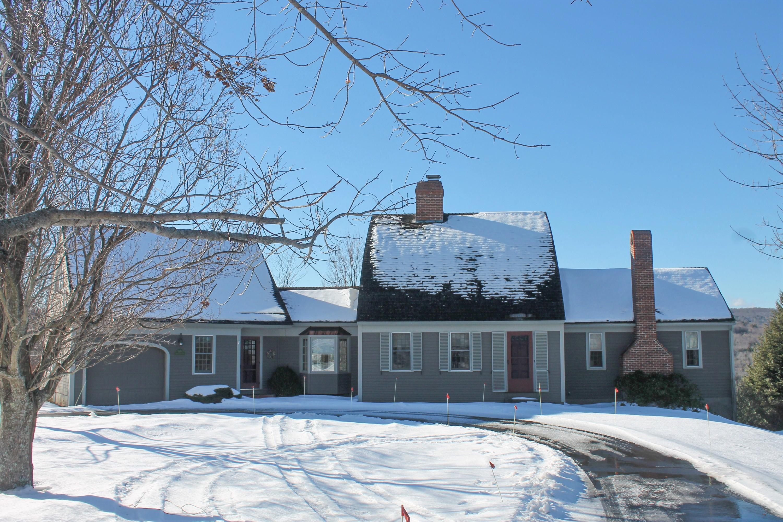 独户住宅 为 销售 在 1970 Winch Hill, Northfield 诺斯菲尔德, 佛蒙特州, 05663 美国