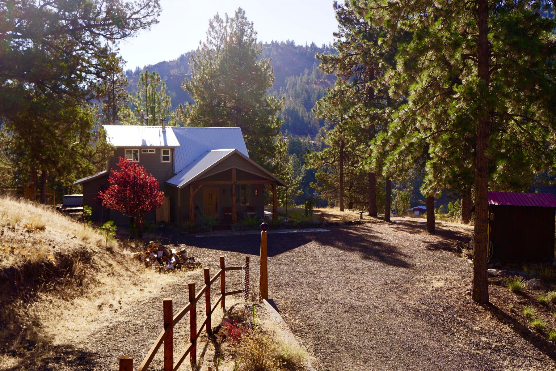 Maison unifamiliale pour l Vente à 5191 NE McKay Creek Road, PRINEVILLE 5191 NE McKay Creek Rd Prineville, Oregon, 97754 États-Unis
