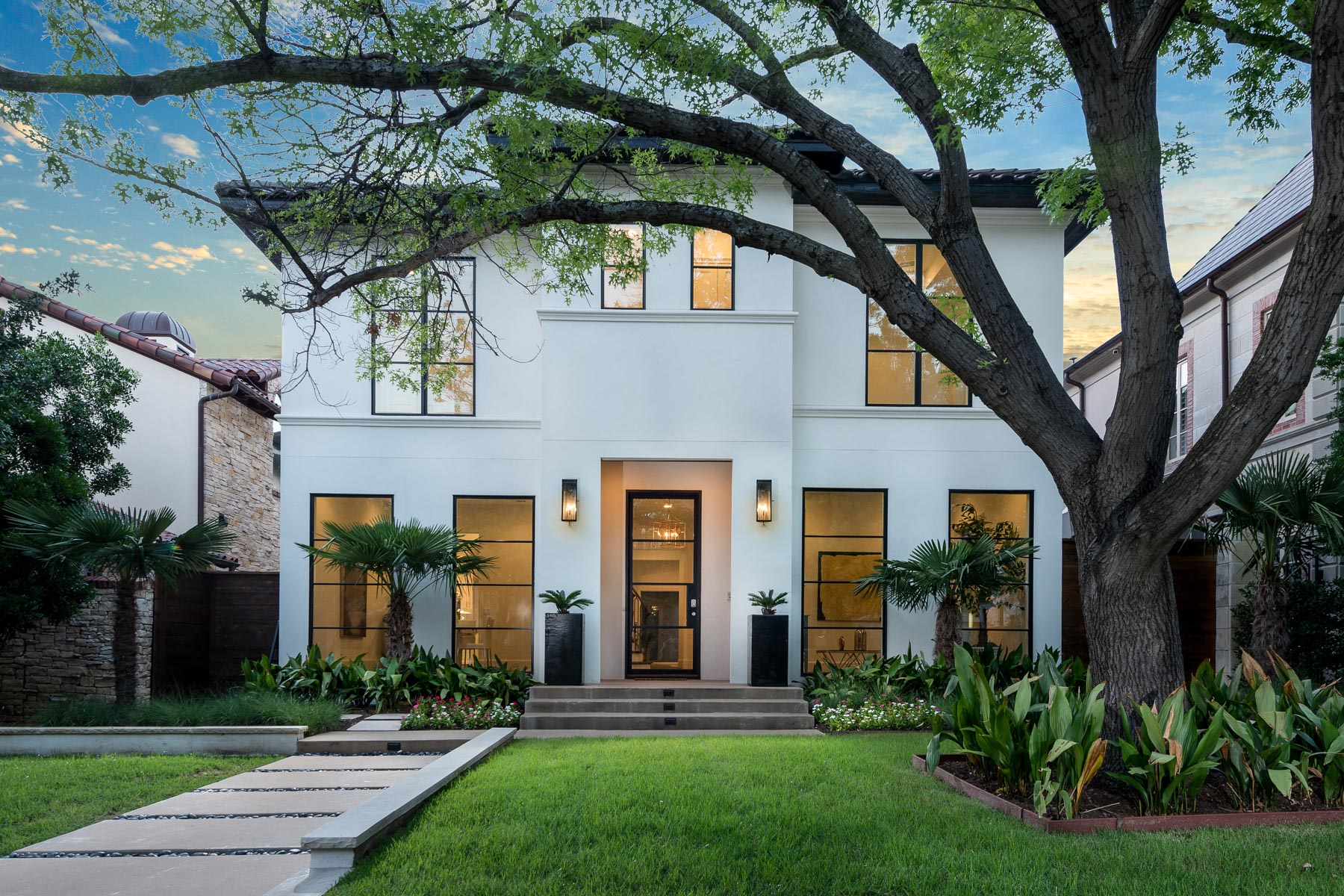 獨棟家庭住宅 為 出售 在 New Construction Soft Contemporary 3514 Lindenwood Ave Dallas, 德克薩斯州, 75205 美國