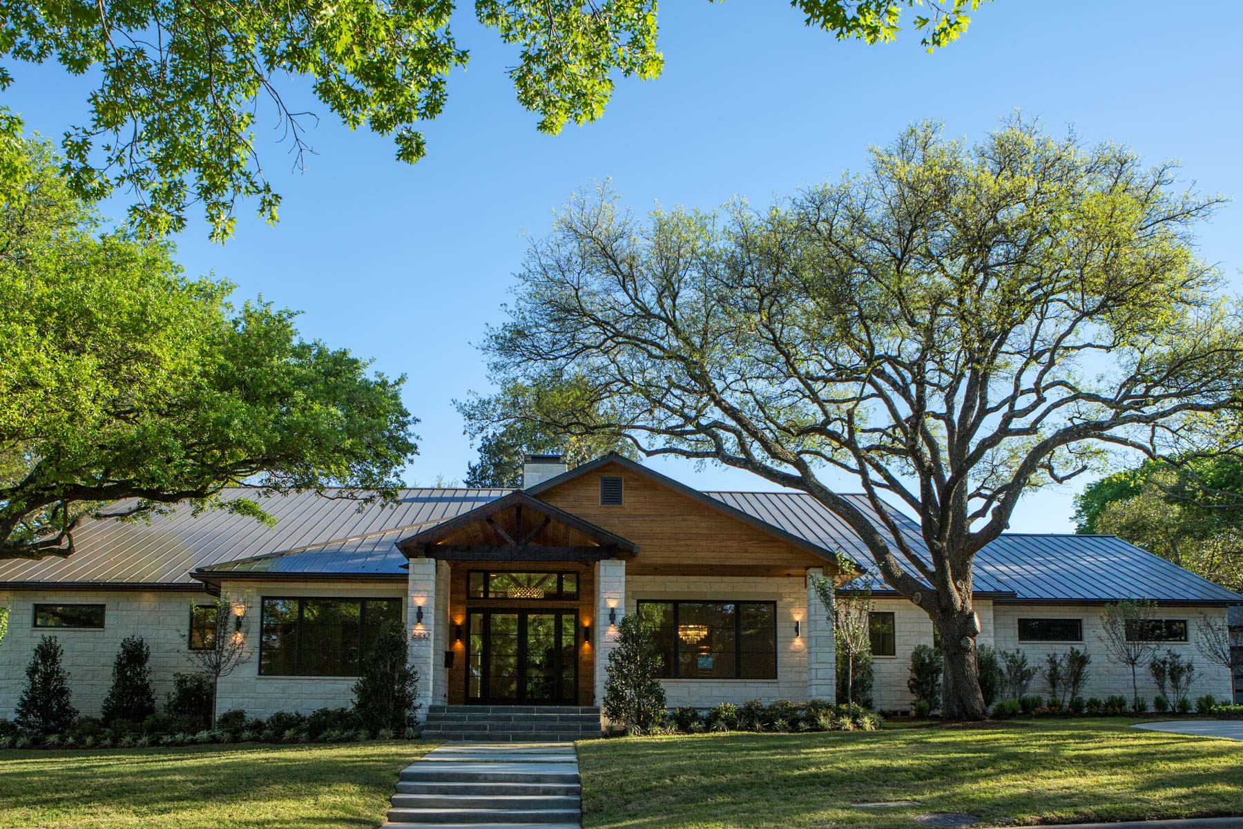 Single Family Home for Sale at 6832 Westlake Ave, Dallas Dallas, Texas, 75214 United States