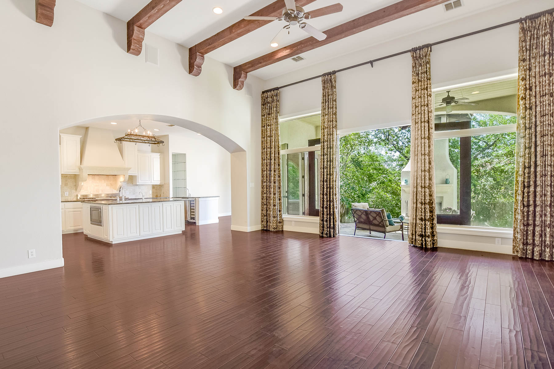 Additional photo for property listing at Mediterranean Custom Home in Terrell Hills 312 Lilac Ln San Antonio, Texas 78209 United States