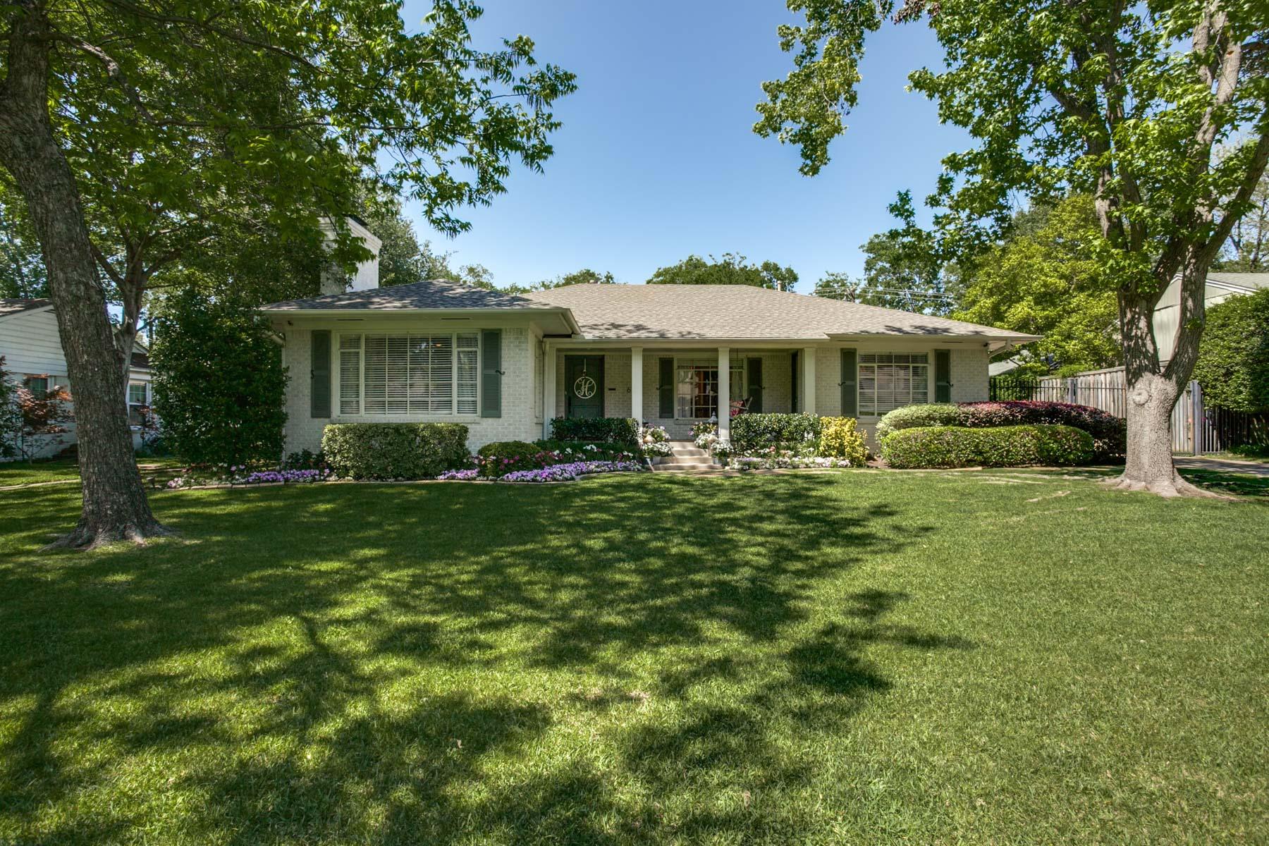 独户住宅 为 销售 在 Terrific Preston Hollow Home 6231 Del Norte Ln 达拉斯, 得克萨斯州, 75225 美国