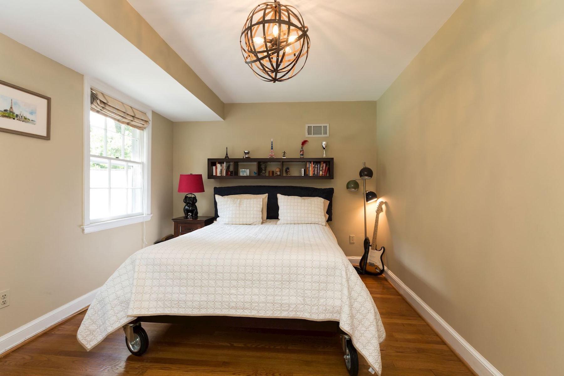 Additional photo for property listing at 5153 Tilden Street 5153 Tilden Street Nw Washington, Περιφερεια Τησ Κολουμπια 20016 Ηνωμενεσ Πολιτειεσ