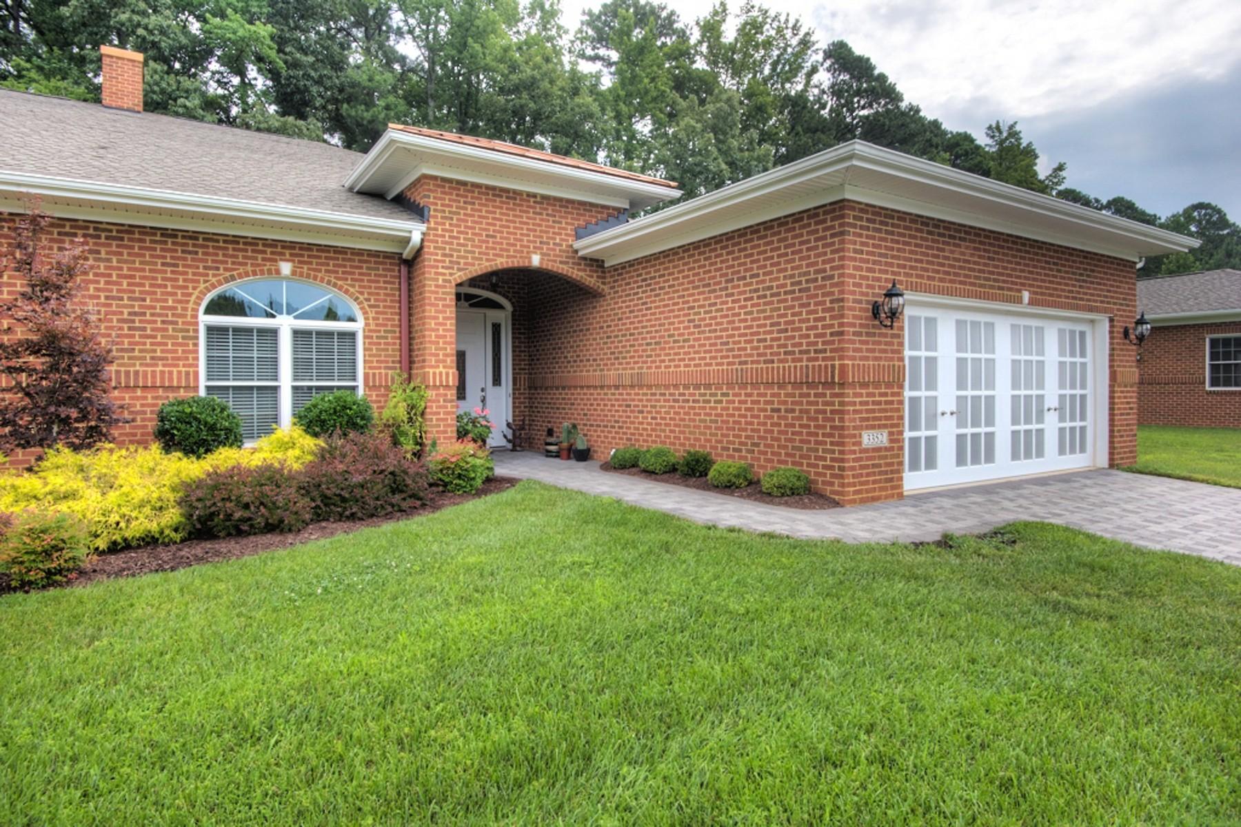 共管式独立产权公寓 为 销售 在 3352 Rock Creek Villa Drive 3352, New Kent 3352 Rock Creek Villa Dr 3352 New Kent, 弗吉尼亚州, 23141 美国